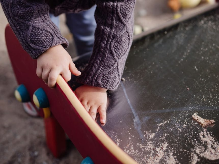 Varhaiskasvatuksen tietovaranto Vardaan tallennetaan varhaiskasvatuksessa olevien lasten tietoja