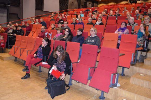 Yhdistysilta keräsi runsaasti yleisöä Kankaanpääsaliin.