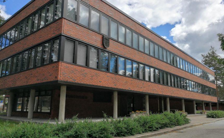 Kaupungin toimistojen kiinnipitäminen kesälomien aikana