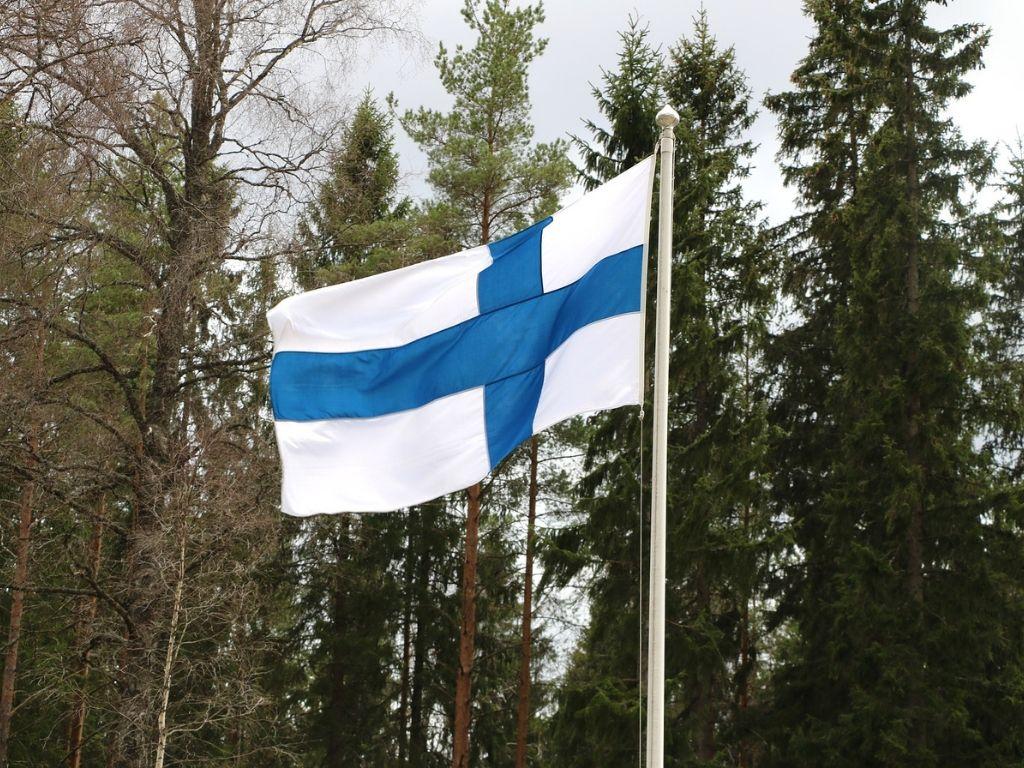 suomen_lippu_itsenäisyyspäivä